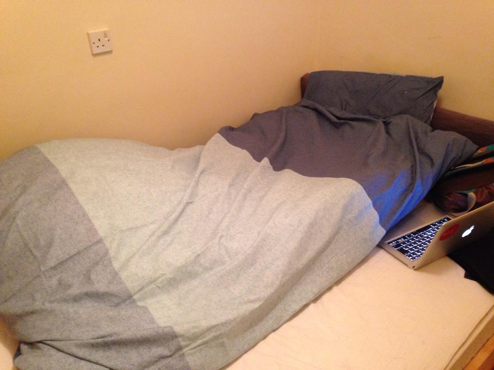 布団(とカバー)、枕(とカバー)