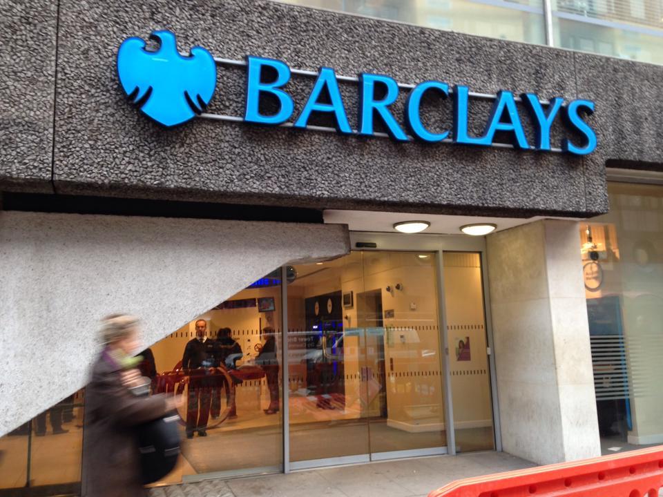 バークレー銀行(Barclay bank)