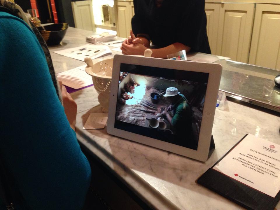 iPadで職人さんが作っいる様子を動画で紹介