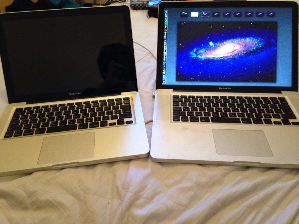 予備もあわせて2台のパソコン