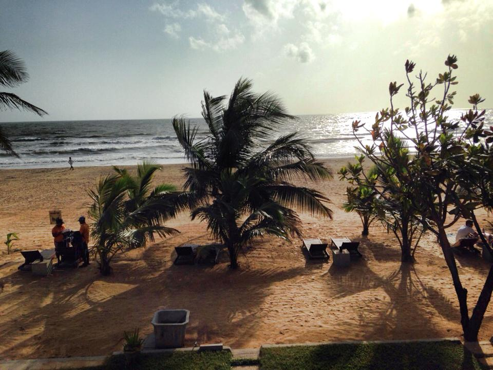 ホテルから見える海の風景