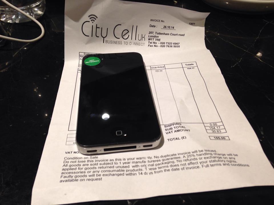 ロンドンで購入したiPhone4S
