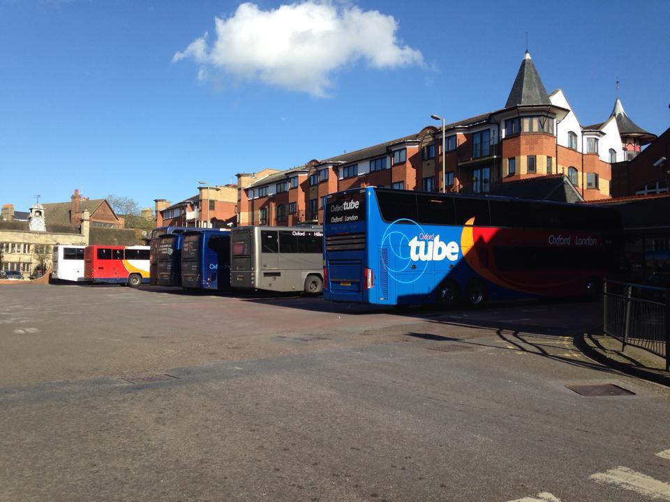 オックスフォードのバス停