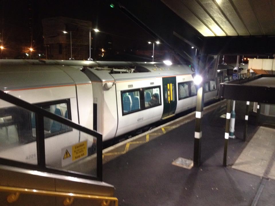 EAST CROYDON駅のホーム