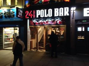 24時間オープンのカフェ@ロンドン